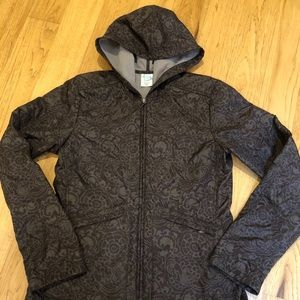 Patagonia jacket with lining.